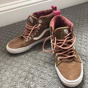 Vans Ward Hi Women's Skate Shoe Sneaker